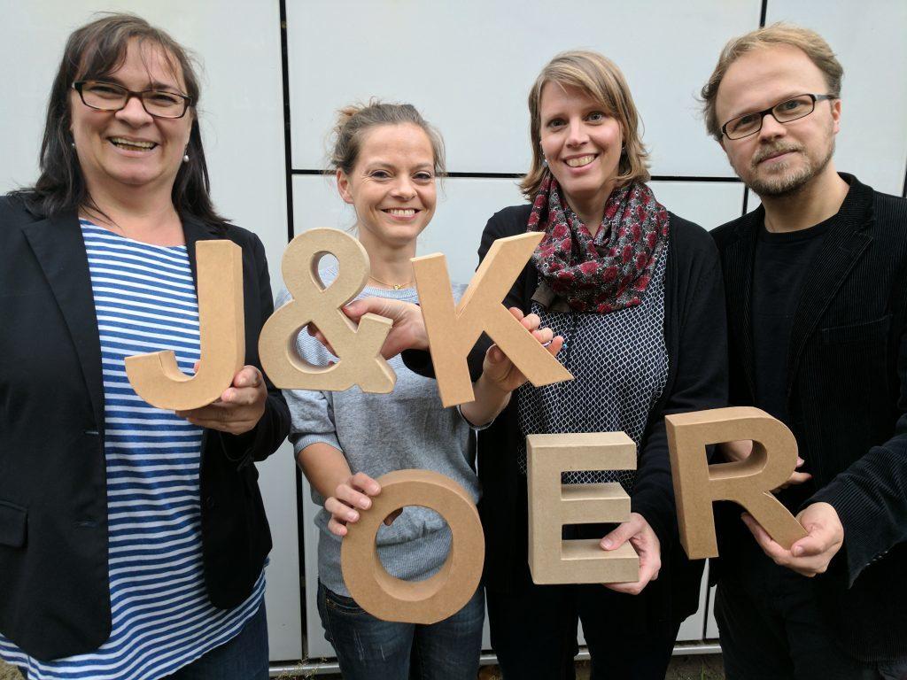 Das Team OER der Agentur J&K: Gabi Fahrenkrog, Kristin Narr, Sonja Borski, Jöran Muuß-Merholz